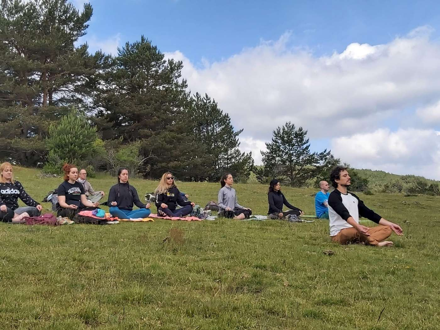 Senderismo Yoga 02