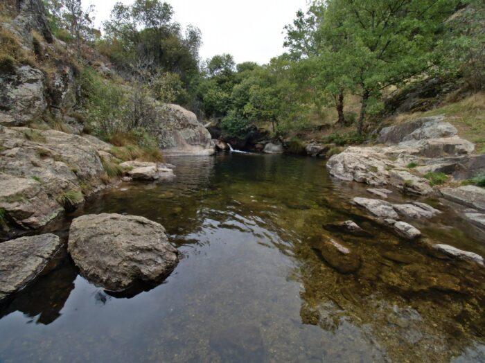 Pozas Rio Cambrones 16